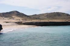 Po tej stronie wyspy znajdują się najcichsze, najbardziej odludne plaże