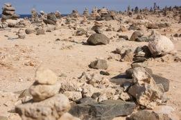 """Rock Wish Garden - każda wieżyczka ułożona z kamieni to spełnione życzenie. Oszacowaliśmy z piękną, że zapewne 95% z nich to """"chciałbym tu jeszcze wrócić""""."""